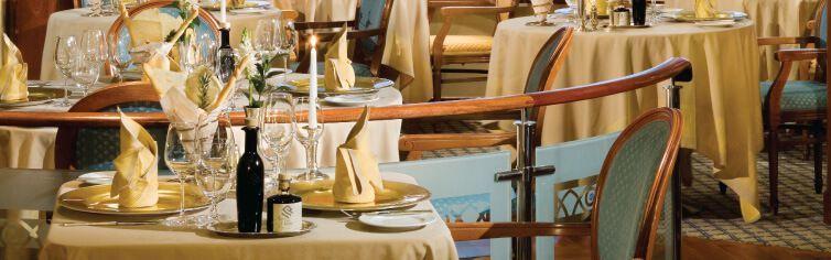 Restaurant du bateau de croisière Silver Shadow