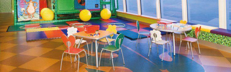 Club dédié aux enfants du bateau de croisière Norwegian Jade