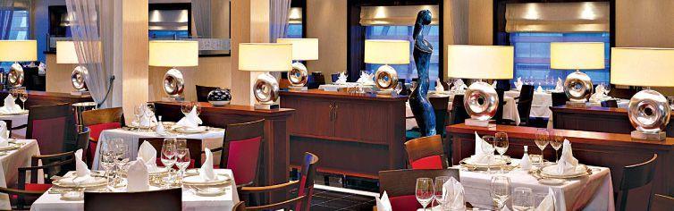 Restaurant du bateau de croisière Queen Mary 2