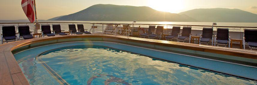Piscine du bateau de croisière SeaDream I