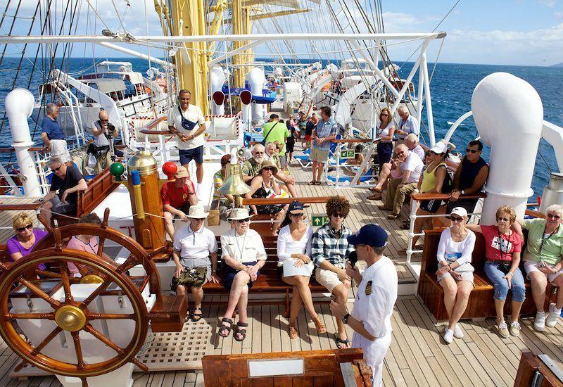 Divertissement à bord du bateau de croisière Star Flyer