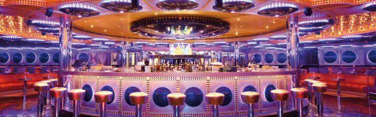 Bar du bateau de croisière Costa Favolosa