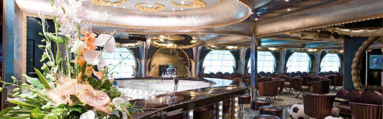 Bar du bateau de croisière Costa Serena