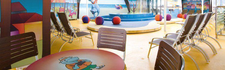 Club dédié aux enfants du bateau de croisière Costa Serena