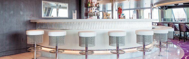 Bar du bateau de croisière Costa NeoRomantica