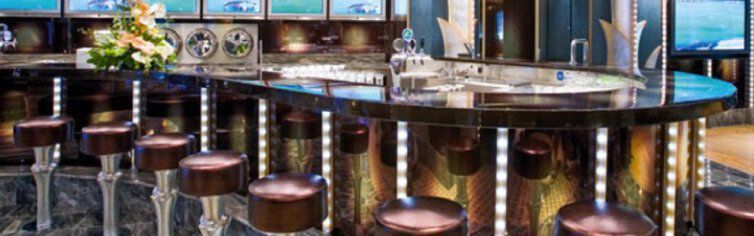 Bar du bateau de croisière Costa Victoria
