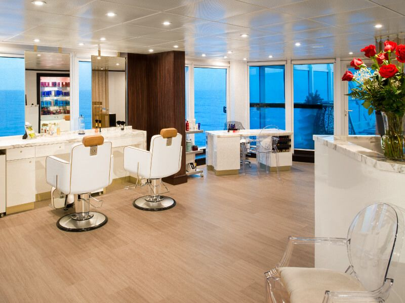 Salon de coiffure du bateau de croisière Azamara Journey