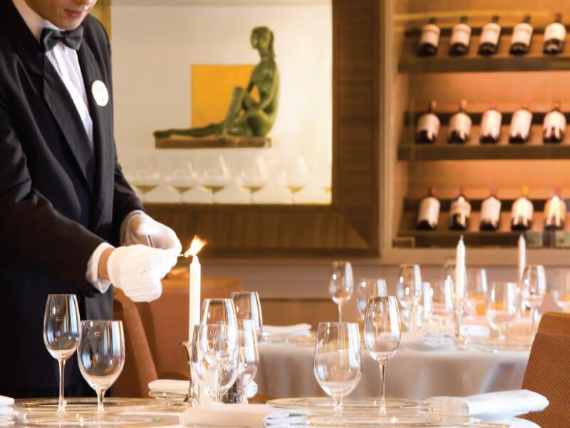 Restaurant le Champagne du bateau de croisière Silver Wind
