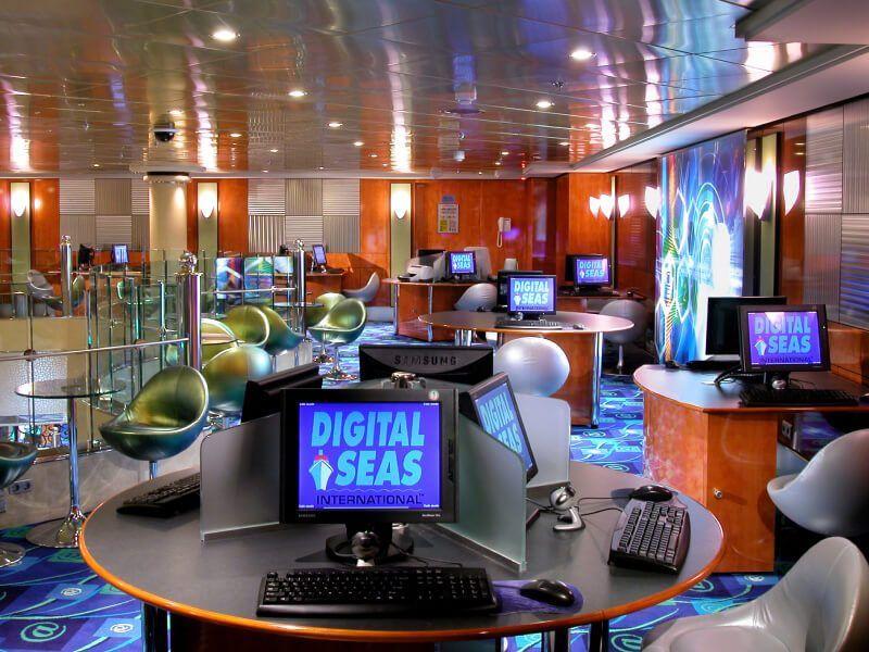 Cyber Café du bateau de croisière Norwegian Dawn