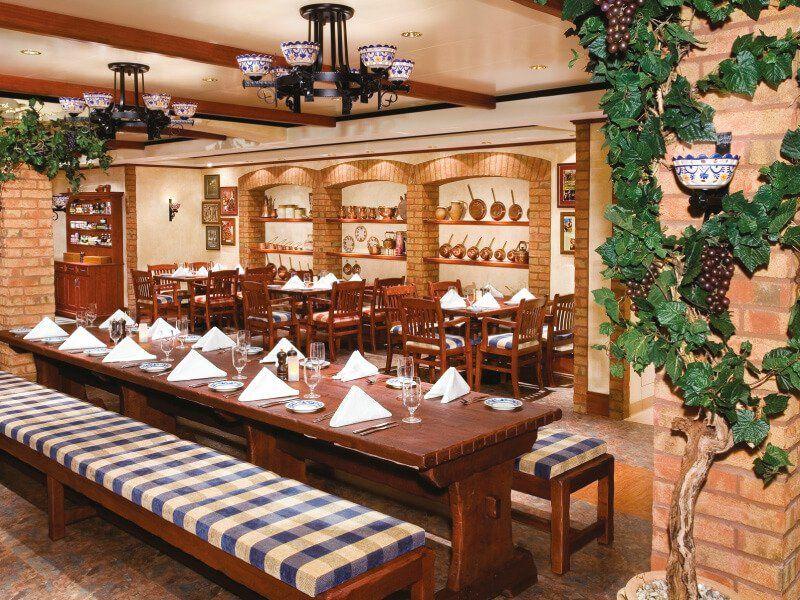 Restaurant italien du bateau de croisière Norwegian Jade
