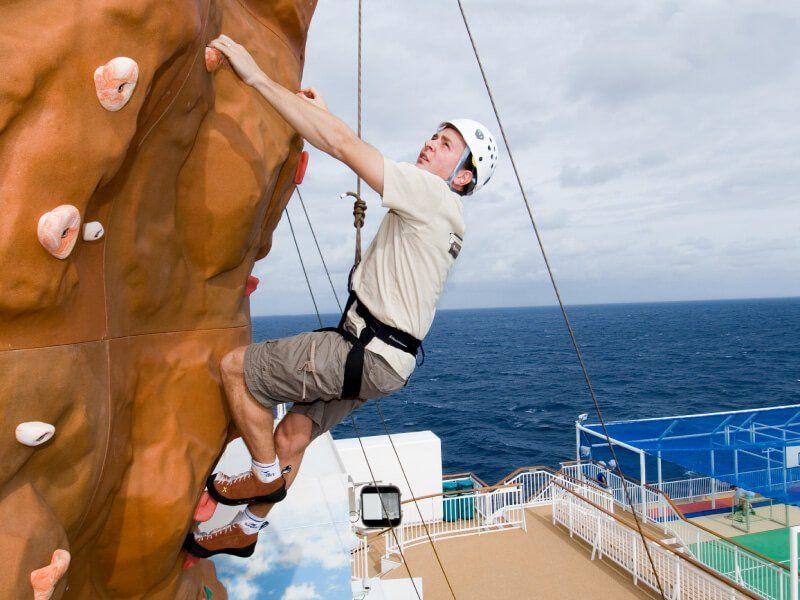 Escalade à bord du bateau de croisière Norwegian Pearl