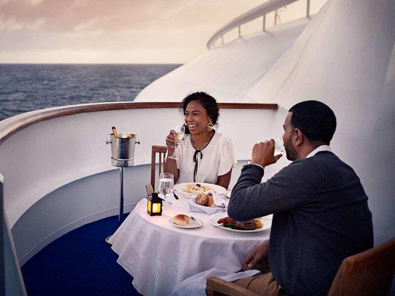 Terrasse du bateau de croisière Island Princess