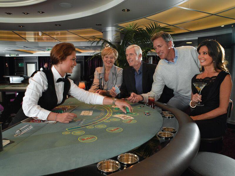 Casino du bateau de croisière Marina
