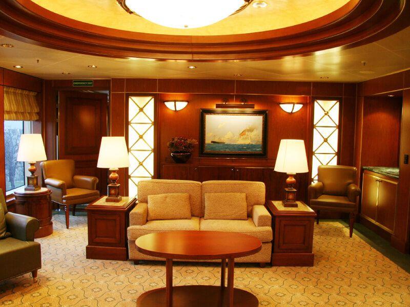 Salon du bateau de croisière Queen Victoria