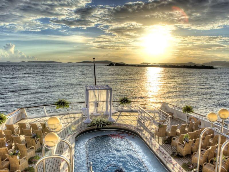 Votre mariage à bord du bateau de croisière SeaDream II :)