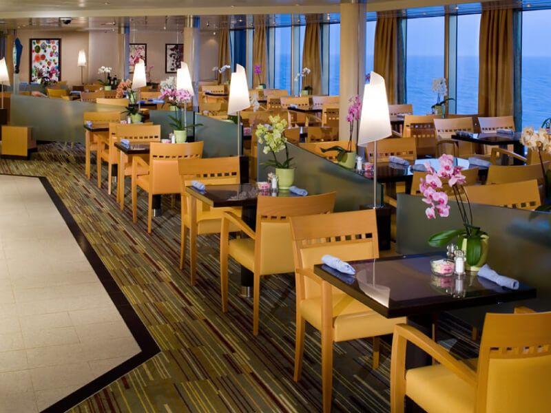 Restaurant le Lido du bateau de croisière MS Eurodam