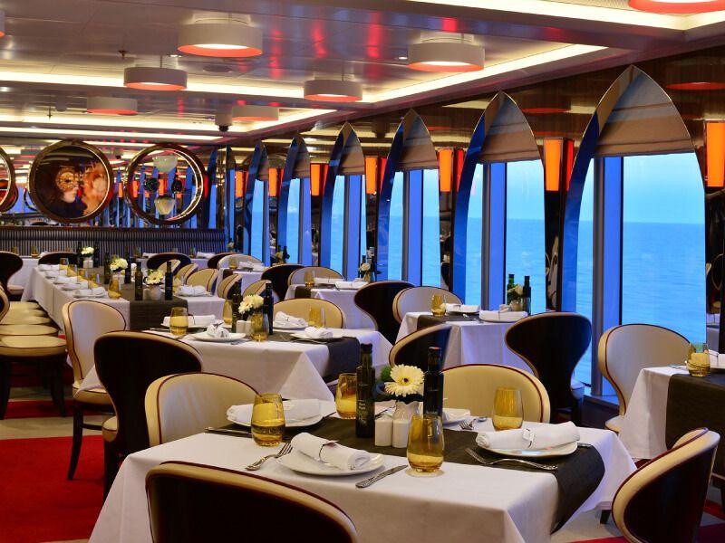 Restaurant CANALETTO du bateau de croisière MS Volendam