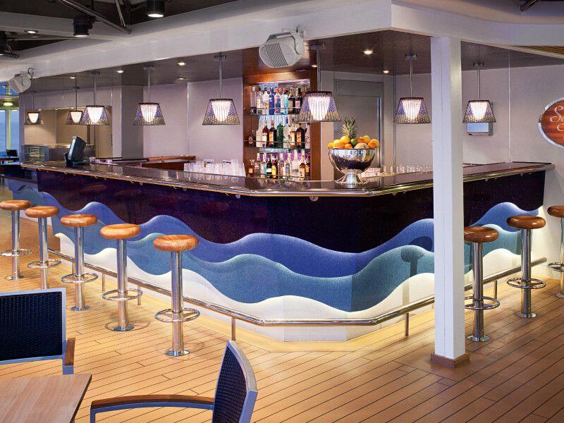 Sea View Bar du bateau de croisière MS Volendam