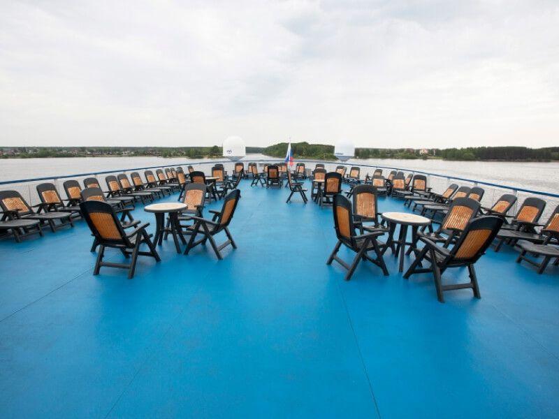 Pont soleil du bateau Rostropovitch