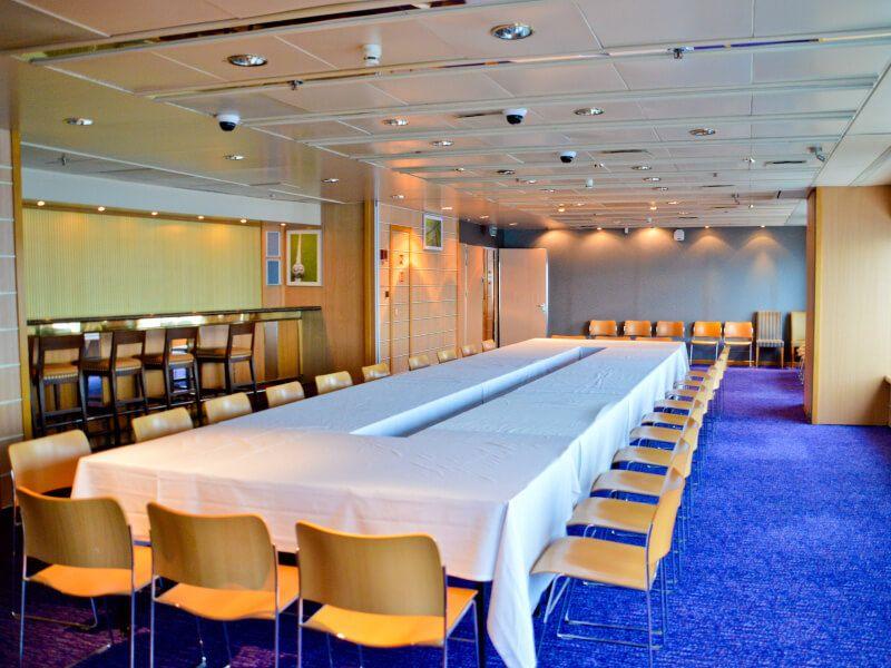 Salle de conférence du bateau de croisière Celestyal Crystal