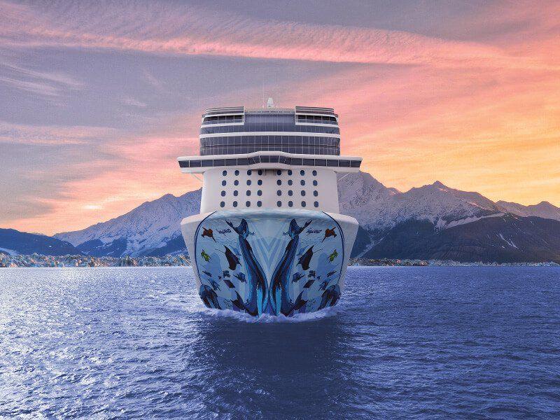Vue de face du bateau de croisière Norwegian Bliss