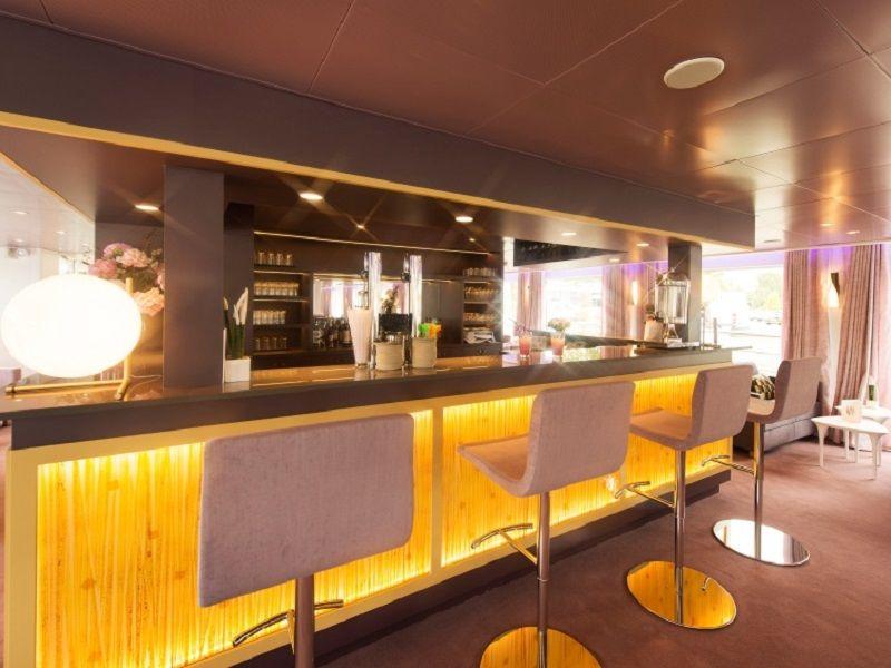 Bar du Ms Douce France