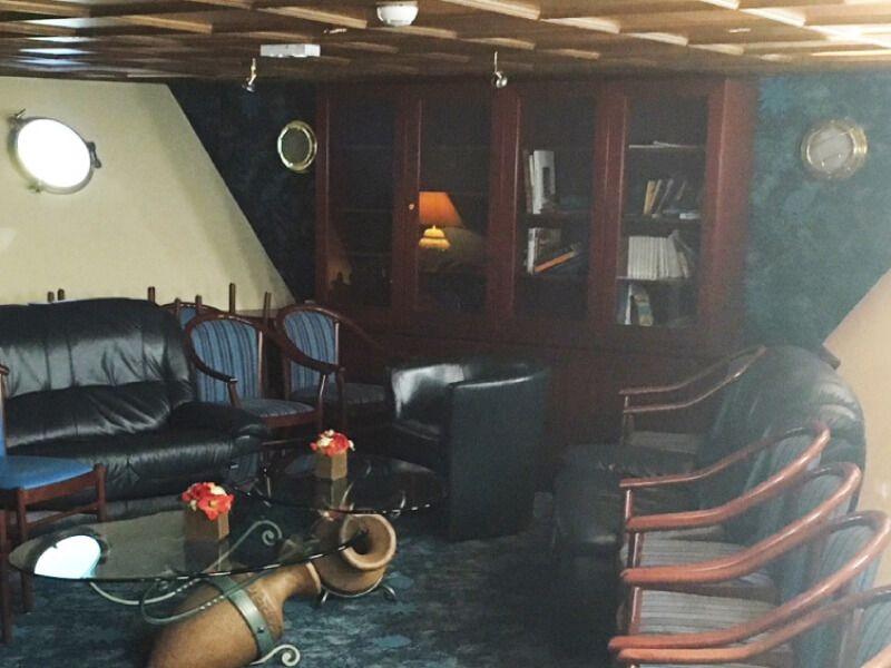Bibliothèque  du bateau de croisière MS Monet