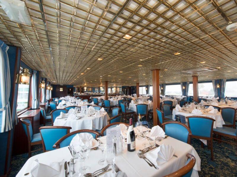 Restaurant du bateau MS Monet