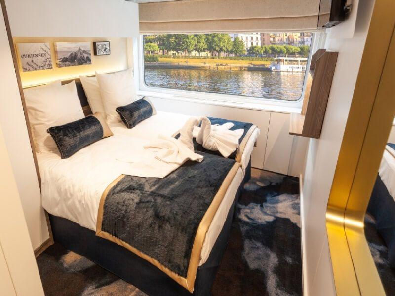 Cabine double deux lits du bateau MS Victor Hugo