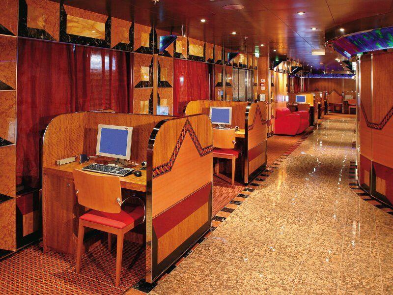 Point internet du bateau de croisière Costa Fortuna