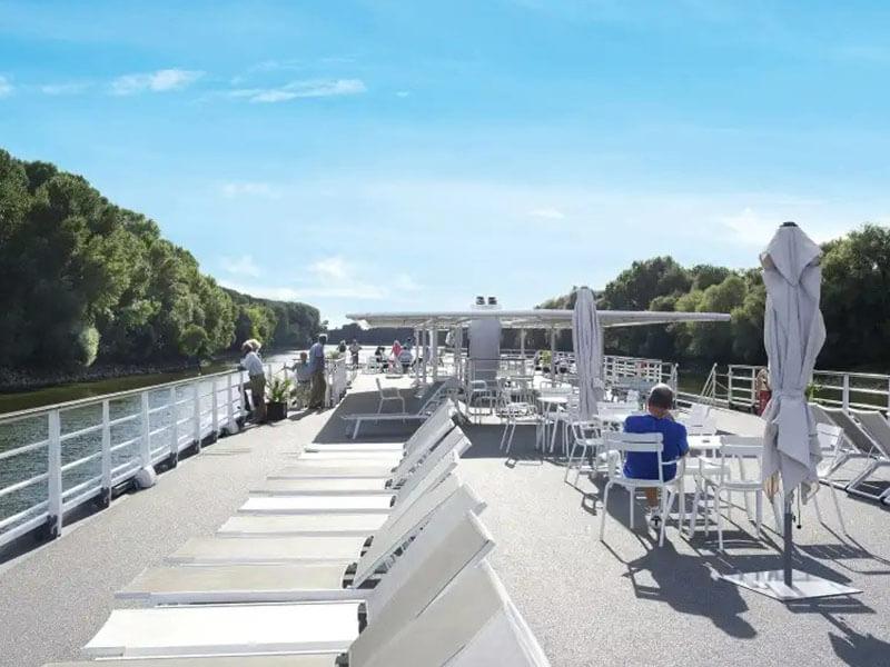 Pont soleil du bateau MS Loire Princesse