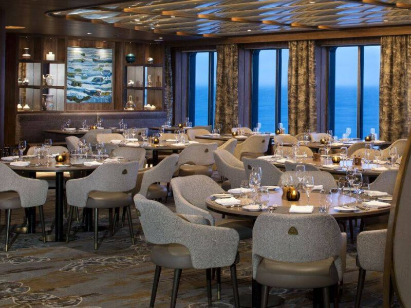 Seaside Restaurant du bateau de croisière Celebrity Flora