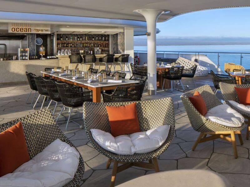 Ocean grill du bateau de croisière Celebrity Flora