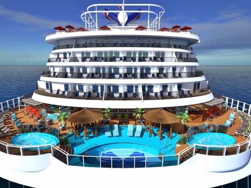 Piscine du bateau de croisière Carnival Panorama