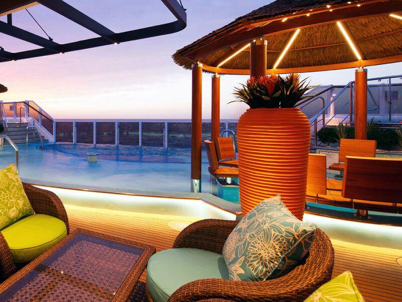 Havana Bar du bateau de croisière Carnival Horizon