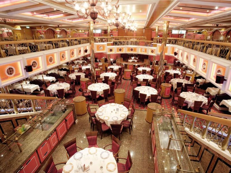 Restaurant du bateau de croisière Carnival Valor