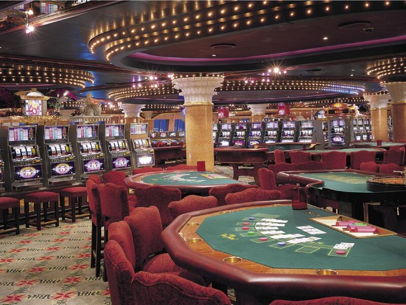 Club Monaco Casino du bateau de croisière Carnival Liberty