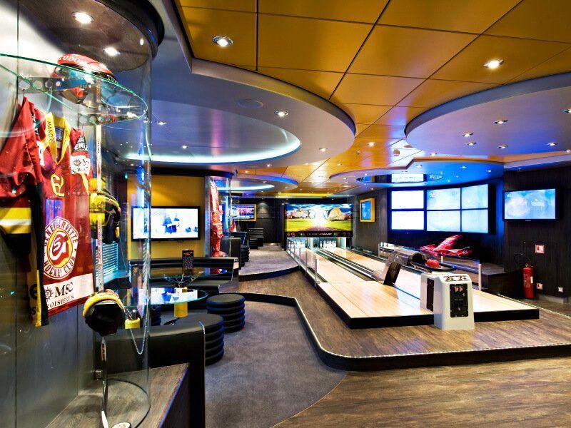 Jouez au Bowling à bord du bateau de croisière MSC Splendida
