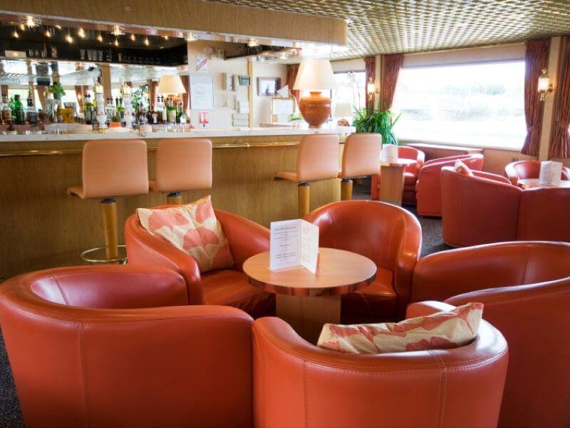 Salon bar du bateau MS Rhône Princess