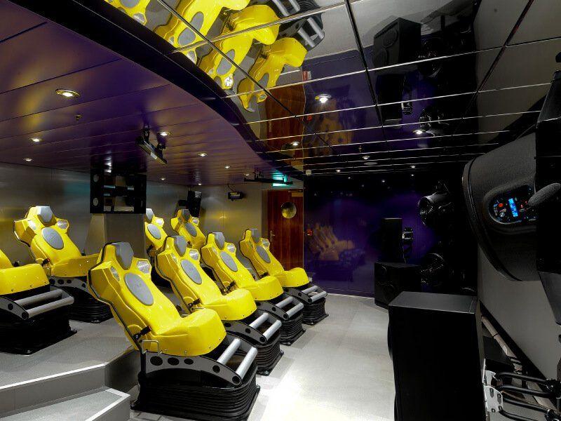 Salle de cinéma 4D du bateau de croisière MSC Magnifica
