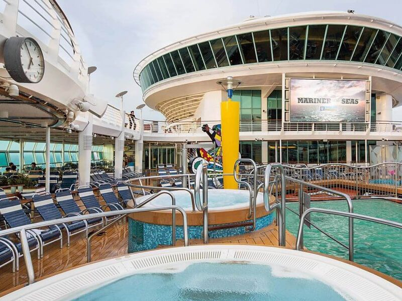 Piscine-Mariner-of-the-Seas