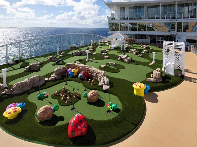 Mini Golf à bord du bateau de croisière Allure of the Seas