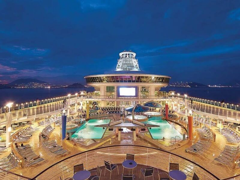 Vue-Exterieure-Voyager-of-the-Seas