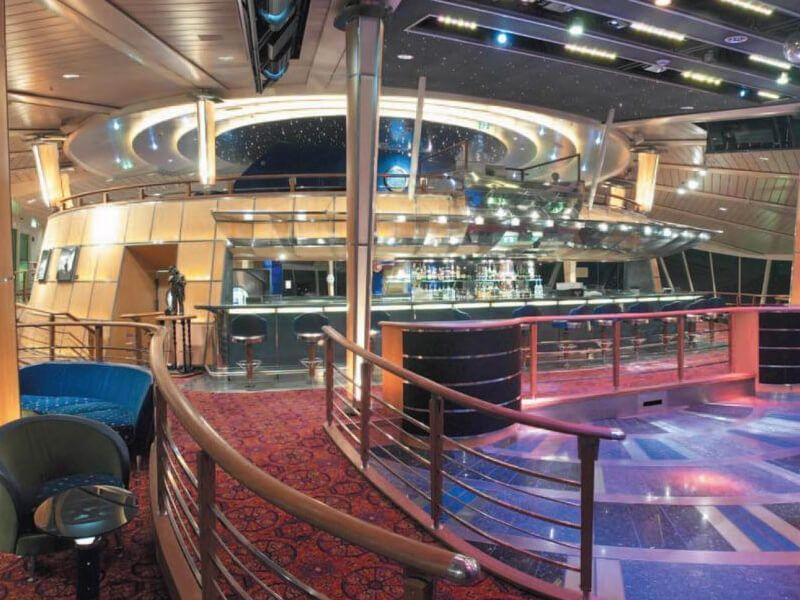 Discotheque-Vision-of-the-Seas