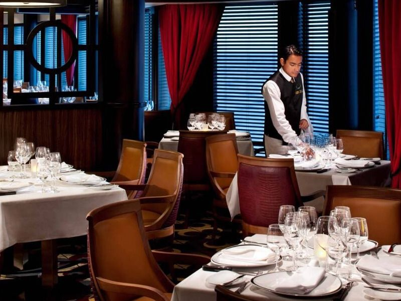Restaurant-Chops-Grille-Vision-of-the-Seas