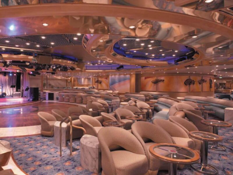 Lounge-Enchantment-of-the-Seas