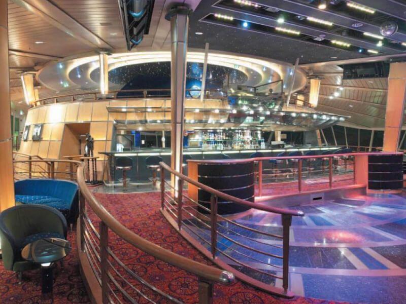 Discotheque-Grandeur-of-the-Seas