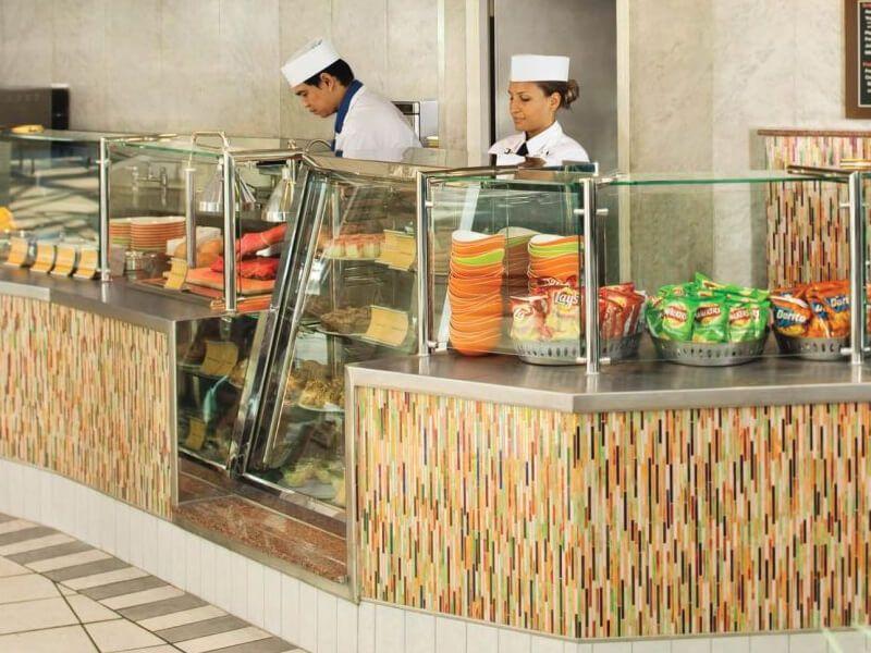 Park-Cafe-Grandeur-of-the-Seas