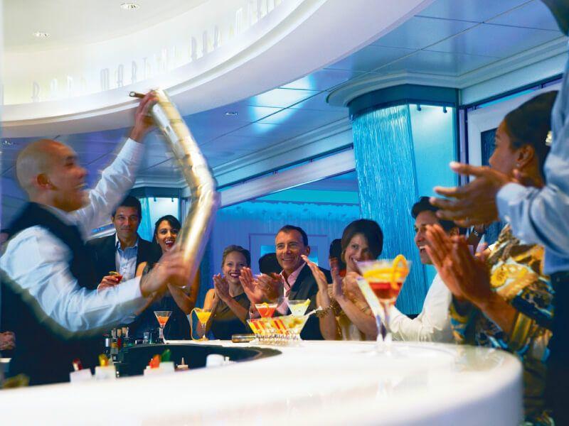 Excellent moment au Martini bar du bateau de croisière Celebrity Equinox