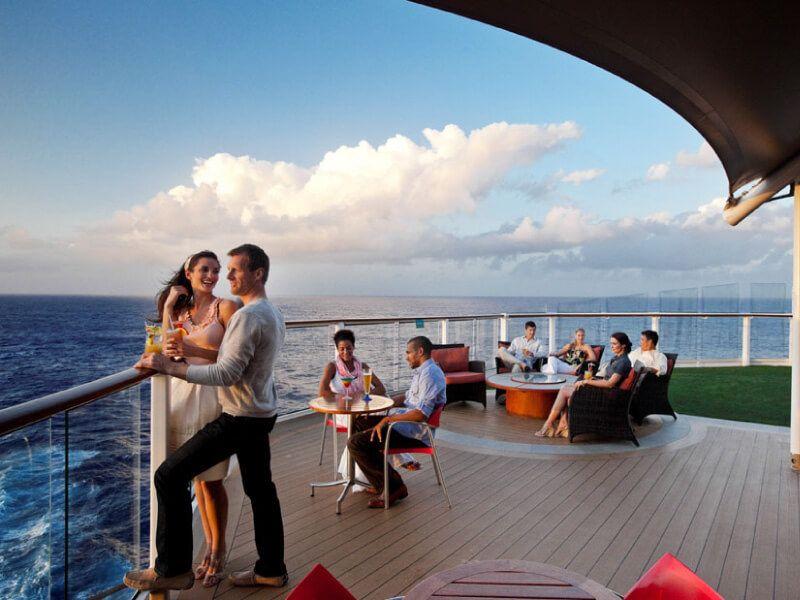 Sunset Bar du bateau de croisière Celebrity Silhouette